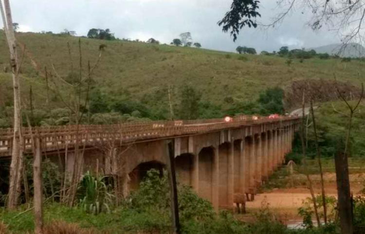 Ponte fica sobre o Rio Jequitinhonha, na região do município de Itapebi - Foto: Divulgação | PRF