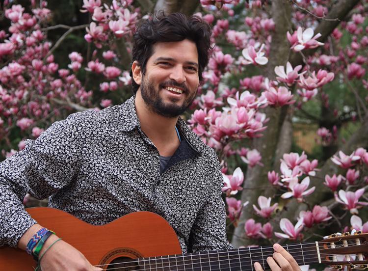 Com seis faixas autorais, Rafael Pondé revisita diversos ritmos como baião, ixejá e samba-reggae - Foto: Divulgação