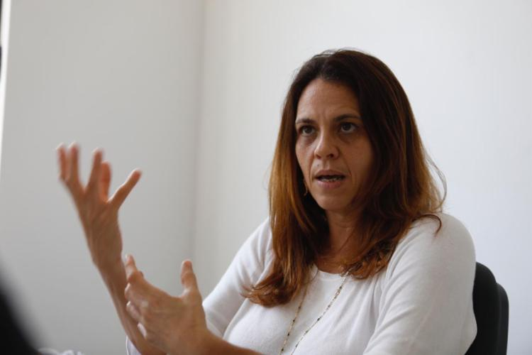 Olívia Silveira afirma que os transportes atendem a escolas de 95 localidades