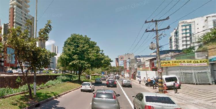 Trânsito está com retenção em alguns pontos da cidade - Foto: Reprodução I Google Street View