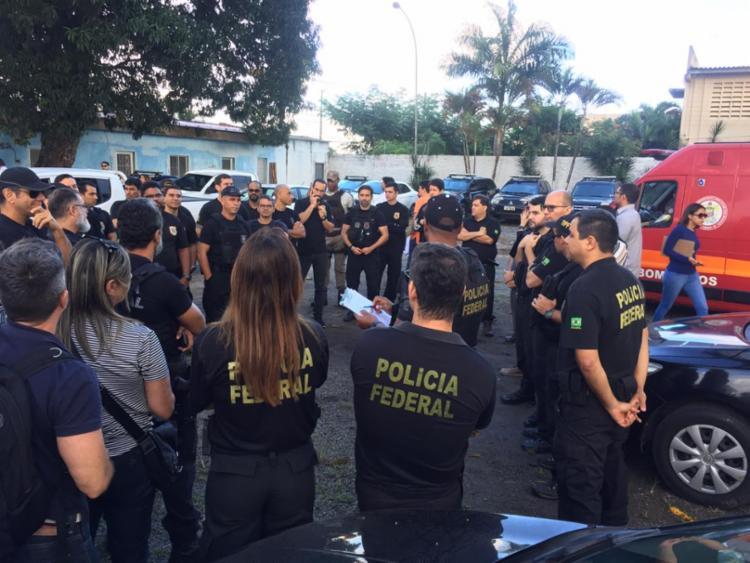 Policiais federais trabalham na reintegração de posse - Foto: Cidadão Repórter I Via WhatsApp