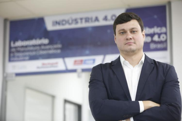 O gerente de Área Tecnológica do Senai/Cimatec Ricardo Russel conta que novas tecnologias que facilitam o trabalho do operador