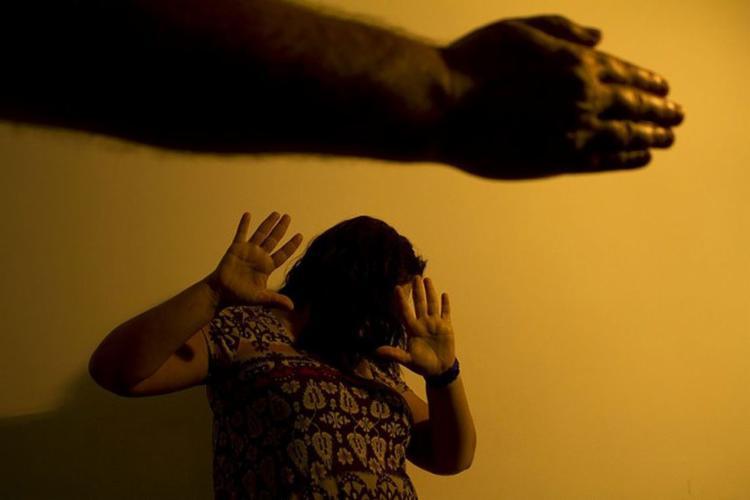Conforme o estudo do Ipea, o índice de violência doméstica com vítimas femininas é três vezes maior que o registrado com homens - Foto: Marcos Santos l USP
