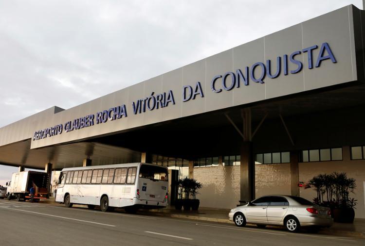 Desde a inauguração do novo aeroporto Glauber Rocha, voos em aeronaves maiores partem de Vitória da Conquista - Foto: Adilton Venegeroles | Ag. A Tarde