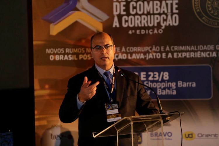 Governador apontou algumas diretrizes importantes para combater à corrupção - Foto: Luciano da Matta I Ag. A TARDE