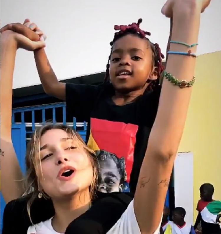 Sasha realizou trabalhos voluntários em Angola - Foto: Reprodução | Instagram