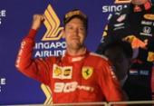 Vettel vence em Cingapura, encerra jejum na Fórmula 1 e Ferrari faz dobradinha | Foto: Roslan Rahman | AFP