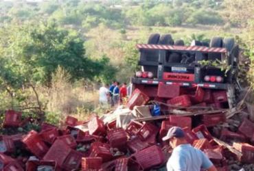 Motorista de caminhão morre em capotamento na Bahia |