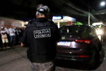 Casal é assassinado a tiros dentro de carro na Estrada das Barreiras | Uendel Galter | Ag. A TARDE