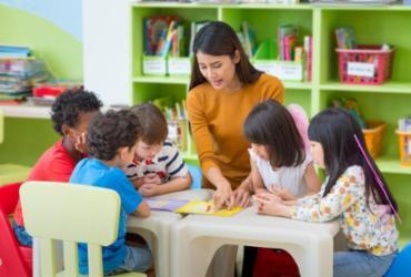 Cursos online gratuitos de formação continuada para profissionais de educação
