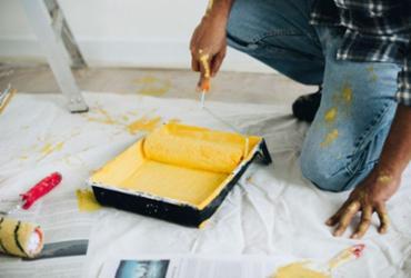 Cursos gratuitos são oferecidos para capacitação em pintura e preparação de superfície   Divulgação   Freepik