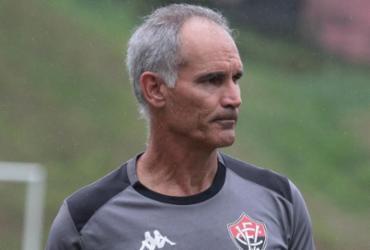 Após nova derrota, Carlos Amadeu não é mais treinador do Vitória | Letícia Martins | EC Vitória
