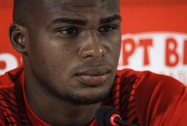Dedé espera manter bom desempenho diante do líder Bragantino | Letícia Martins | EC Vitória