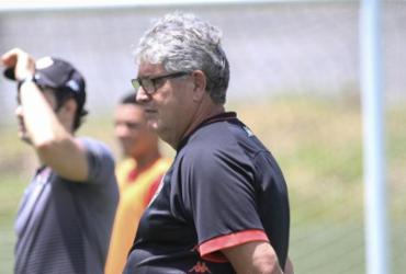 Com novidades, Geninho faz ajustes finais para enfrentar o Atlético-GO | Letícia Martins | EC Vitória