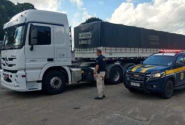 Carreta com 48 toneladas de gesso é apreendida na Bahia | Divulgação | PRF