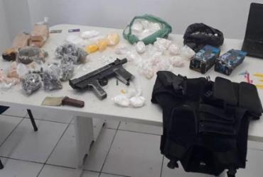 Jovens são presos com metralhadora e drogas em Cajazeiras | Divulgação | Polícia Civil