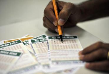 Mega-Sena sorteia nesta quarta-feira prêmio de R$ 120 milhões | Marcello Casal Jr. | Agência Brasil
