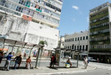 Ônibus voltam a circular até o terminal do final de linha da rua Chile   Joá Souza   Ag. A TARDE