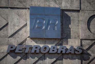 Ações da Petrobras sobem 4% com alta no petróleo após ataque na Arábia Saudita   Mauro Pimentel   AFP