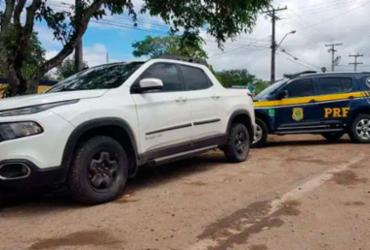 Homem é preso com documento falso e veículo roubado há quatro meses em Jacobina | Divulgação | PRF