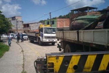 Operação retira sucata de barcos e carros em São João do Cabrito | Divulgação