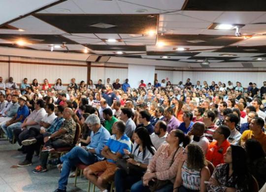 Petroleiros apresentam propostas de luta pela permanência da Petrobras | Reprodução | Sindipetro Bahia