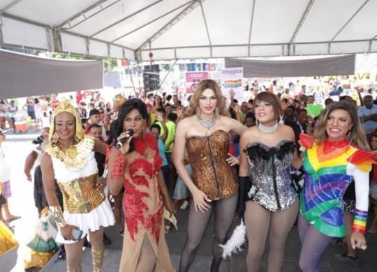 18ª da Parada LGBT+ movimenta o Dique do Tororó | Uendel Galter | Ag. A TARDE
