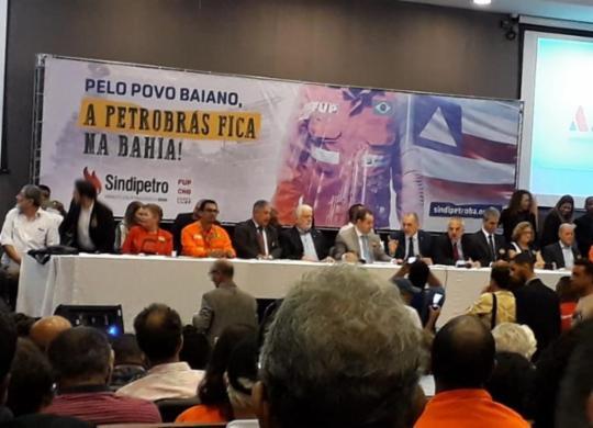 Funcionários da Petrobras realizam ato público na Assembleia Legislativa da Bahia   Rosana Abreu   Cidadão Repórter