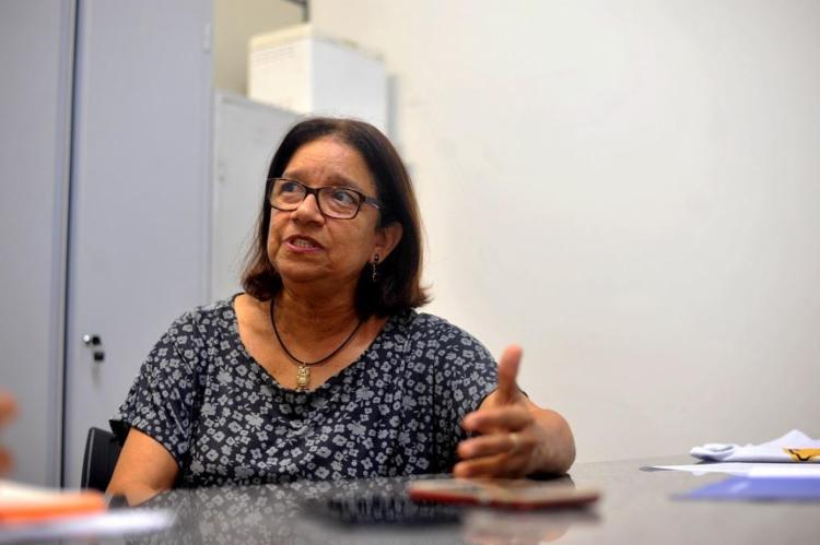 A pesquisadora Denise Ribeiro defende que é preciso mais fiscalização e melhor formação dos condutores para reduzir os acidentes de trânsito - Foto: Felipe Iruatã / Ag. A TARDE