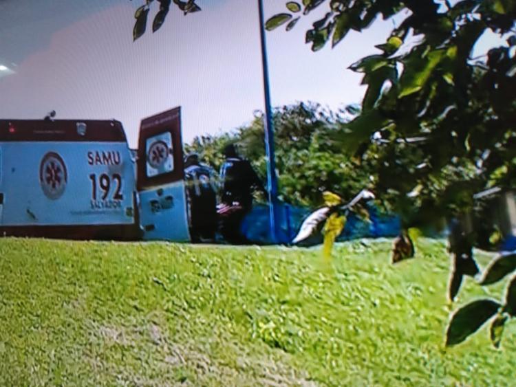 Feridos estão sendo encaminhados para unidade hospitalar - Foto: Reprodução   TV Record
