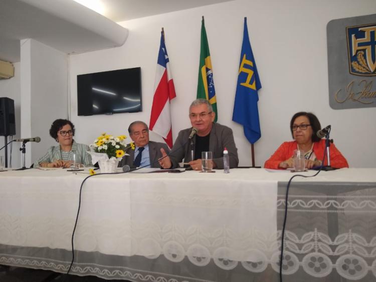 De acordo com Angelo Coronel, propagação de fake news acontecia através de escritórios em todas capitais - Foto: Raul Aguilar | Ag A TARDE
