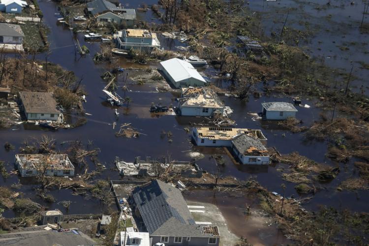Milhares ficaram desabrigados, e as Nações Unidas disseram que 70.000 precisam de ajuda imediata - Foto: AFP