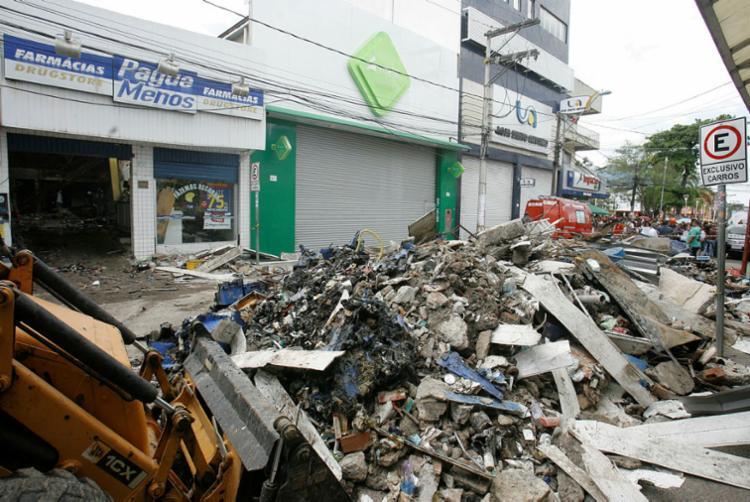 Pague Menos terá de pagar indenização por danos morais coletivos no valor de R$ 2 milhões - Foto: Luciano da Matta | Ag. A TARDE