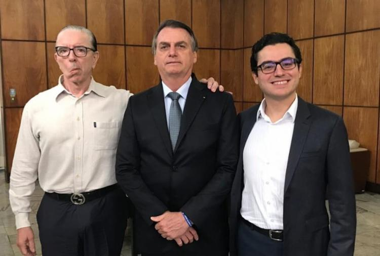 Em sua conta no Twitter, Bolsonaro informou que deve se afastar por cerca de 10 dias - Foto: Reprodução   Twitter