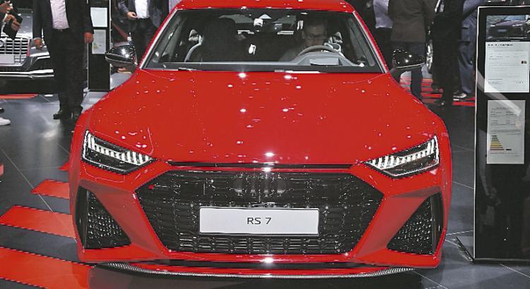 Audi RS7 Sportback, equipado com motor biturbo V8 4.0