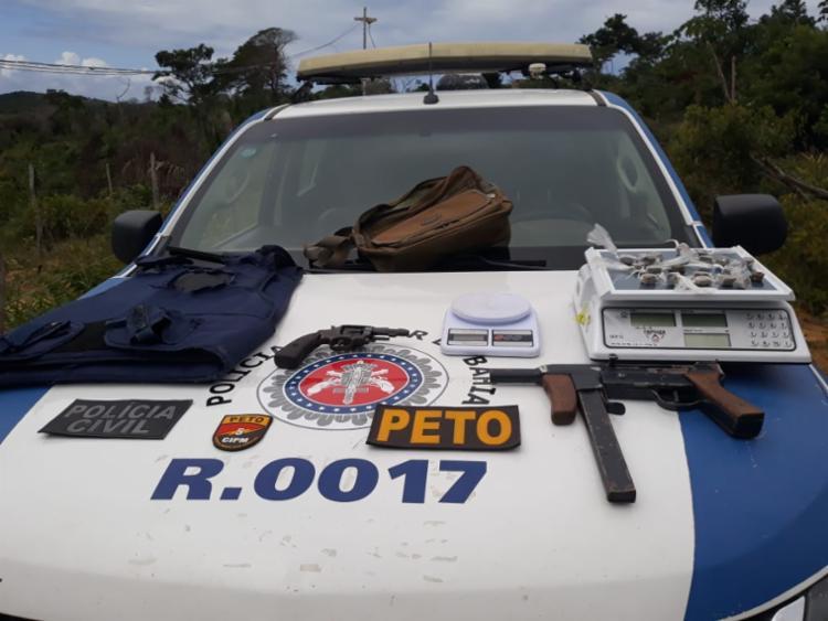 Durante a ação, armas e drogas foram apreendidas pelas equipes da polícia - Foto: Divulgação   SSP