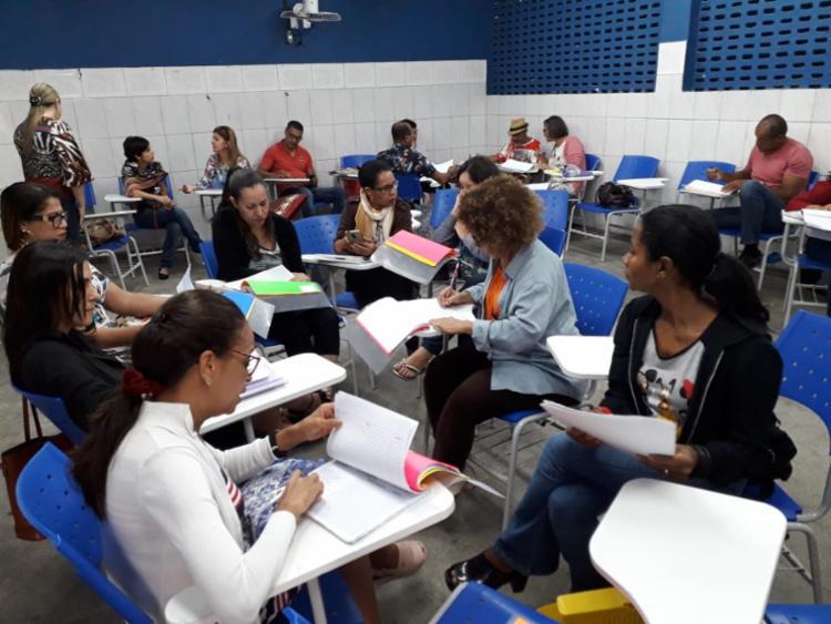 """Professores, coordenadores pedagógicos e gestores escolares de colégios do interior e da capital se reuniram em torno do tema """"Um olhar a mais sobre a aprendizagem dos estudantes"""". - Foto: Divulgação"""