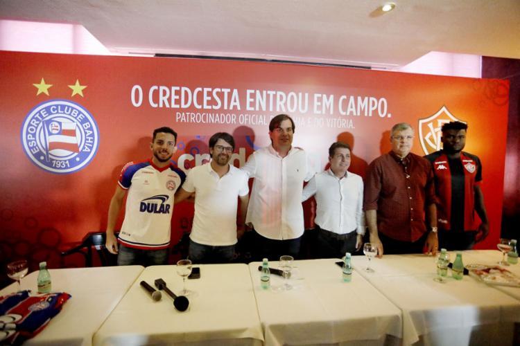 Dirigentes e jogadores de Bahia e Vitória estiveram no evento de lançamento - Foto: Felipe Oliveira l EC Bahia