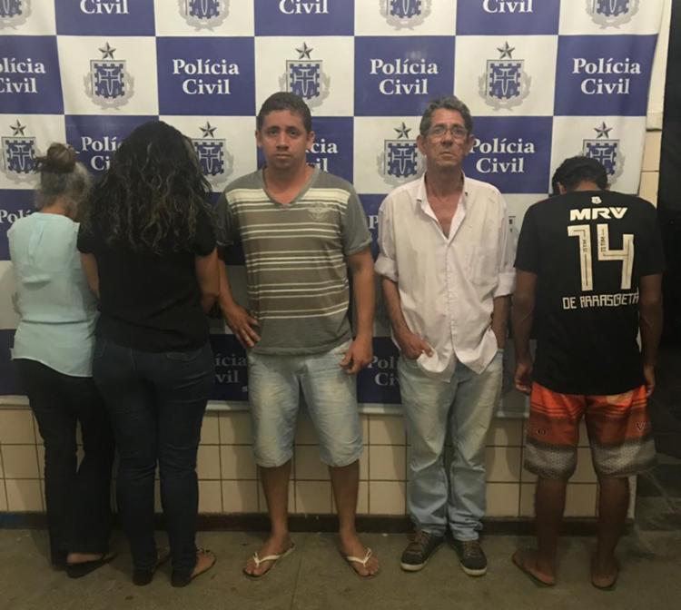 De acordo com a polícia, o grupo falsificava documentos de pessoas falecidas - Foto: Divulgação