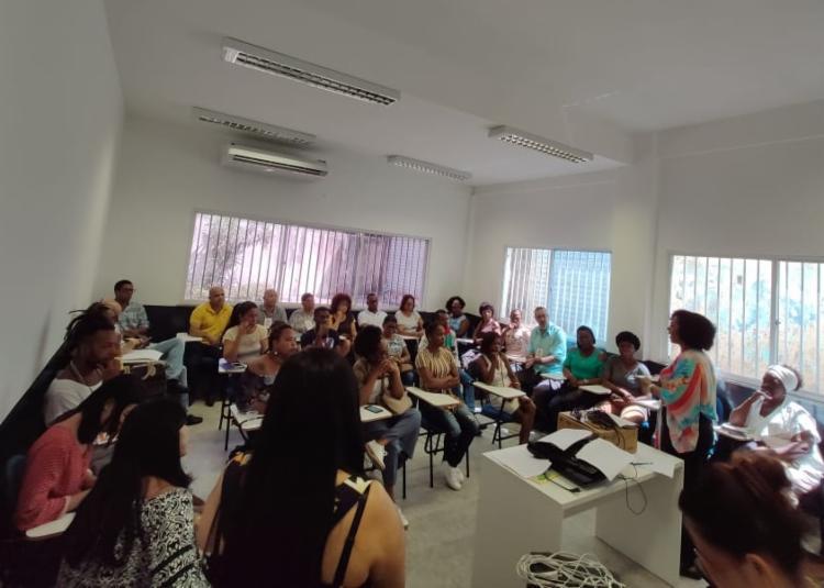 Participantes se dividiram em grupos por eixo temático - Foto: Divulgação | Ascom