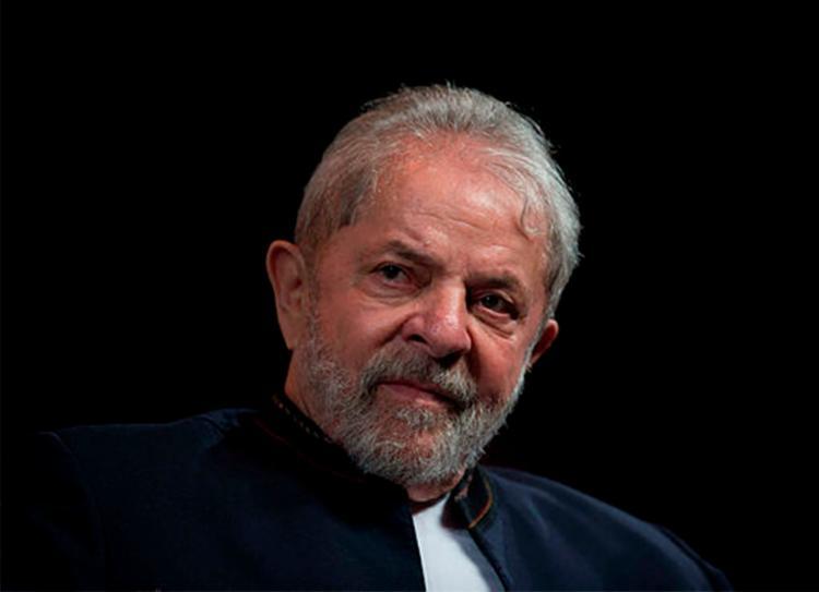 Advogados do petista afirmam que direito à presunção de inocência não pode ser violado - Foto: Mauro Pimentel | AFP