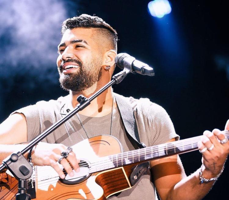 Dilsinho ainda falou da incrível energia que sente quando se apresenta para o público baiano - Foto: Reprodução | Instagram