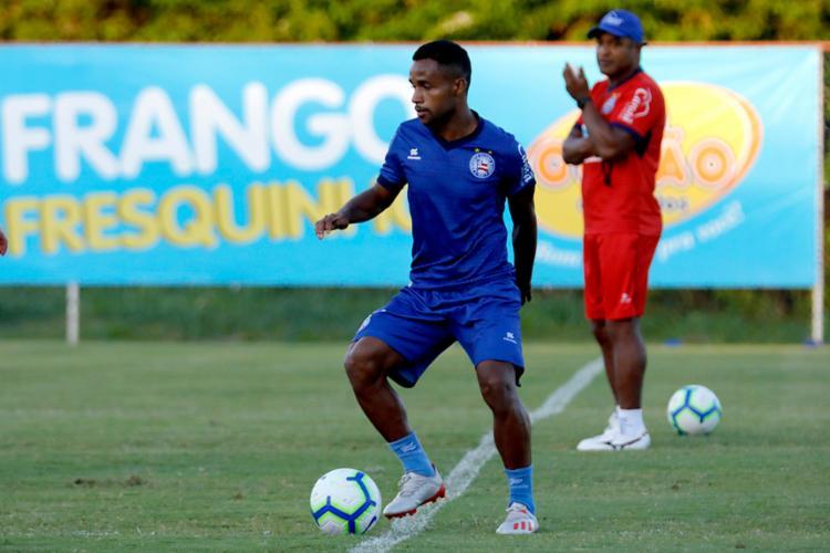 O atacante Élber pode ser o substituto de Artur Victor, convocado para a Seleção Brasileira sub-23 - Foto: Felipe Oliveira | EC Bahia