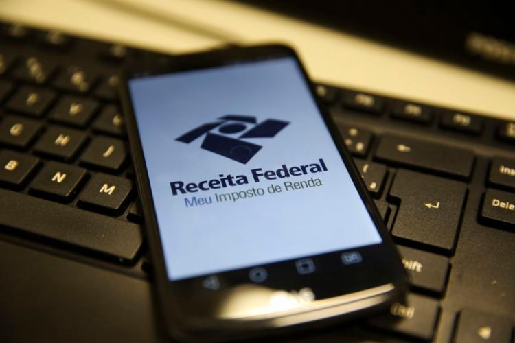 Os lotes de restituição são liberados mensalmente - Foto: Marcello Casal Jr   Agência Brasil