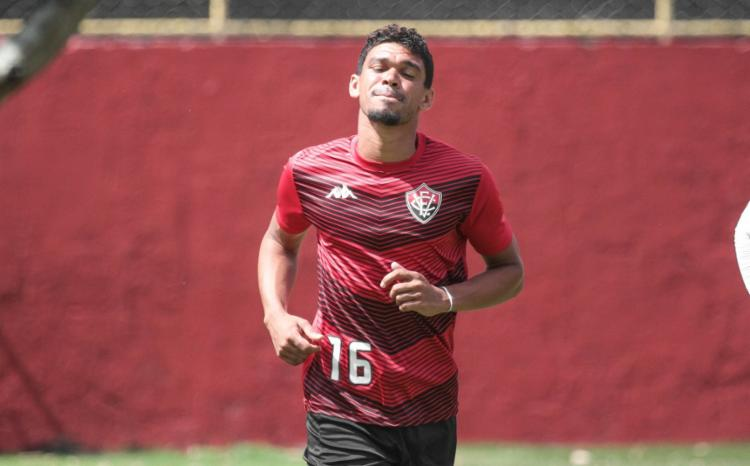 Recuperado da lesão na coxa, Van retorna à equipe e deve começar jogando - Foto: Letícia Martins   EC Vitória