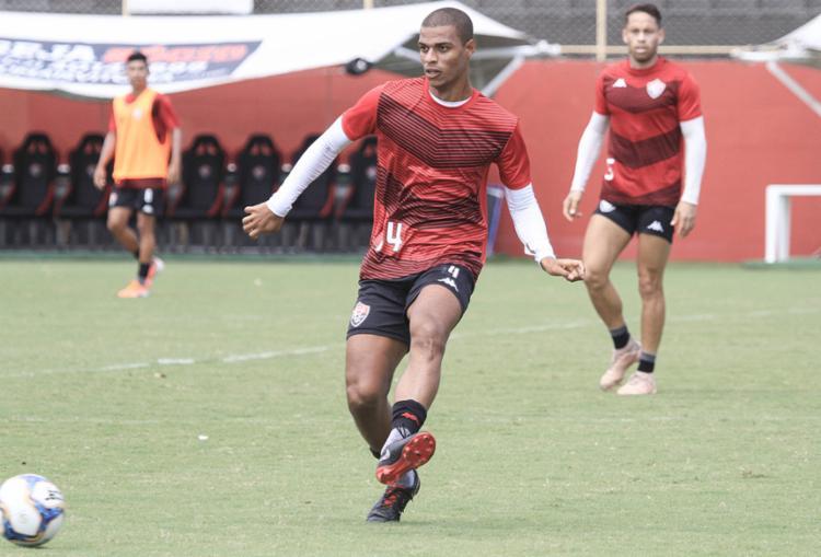 Treinador esboçou a possível formação para o duelo contra o Bragantino - Foto: Letícia Martins   EC Vitória