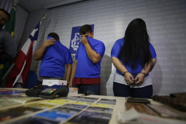 Trio aplicava golpe em idosos há nove meses - Foto: Joá Souza   Ag. A TARDE