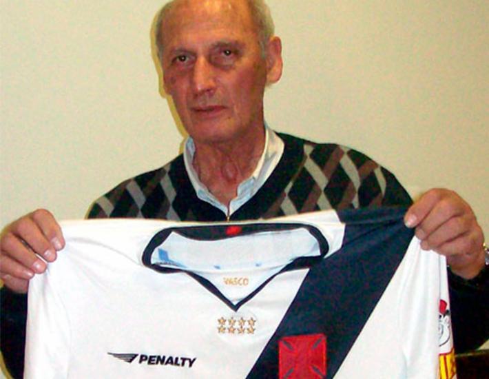 Andrada foi campeão brasileiro pelo time vascaíno em 1974