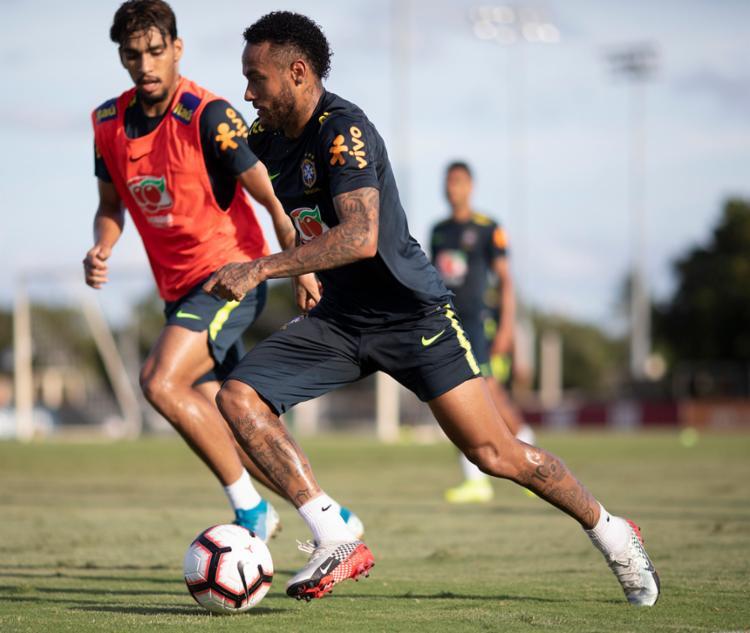 Sem jogar desde junho, Neymar vem treinando normalmente nesta semana - Foto: Lucas Figueiredo | CBF