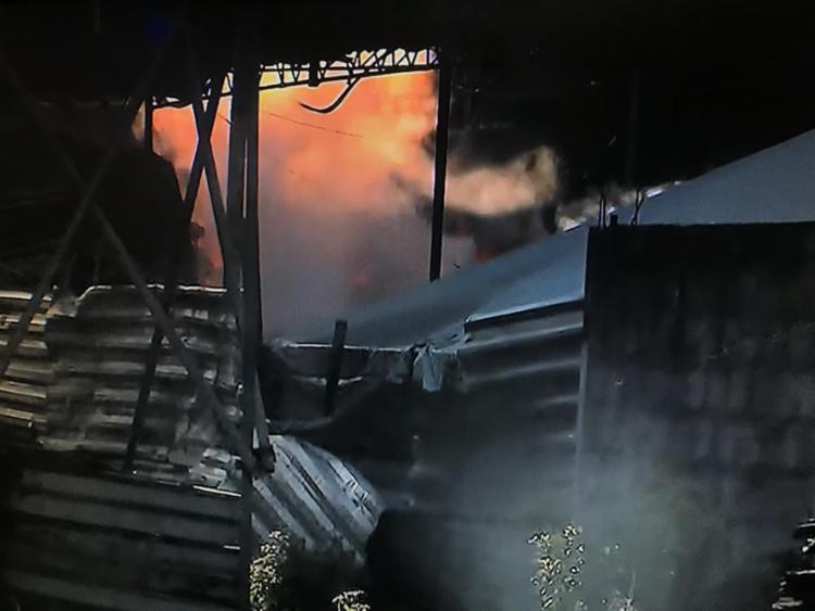 Incêndio começou às 5h - Foto: Reprodução   TV Record Bahia